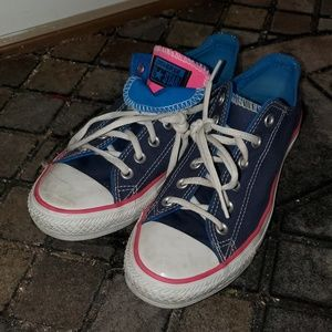 Converse All Stars, blue & hot pink!